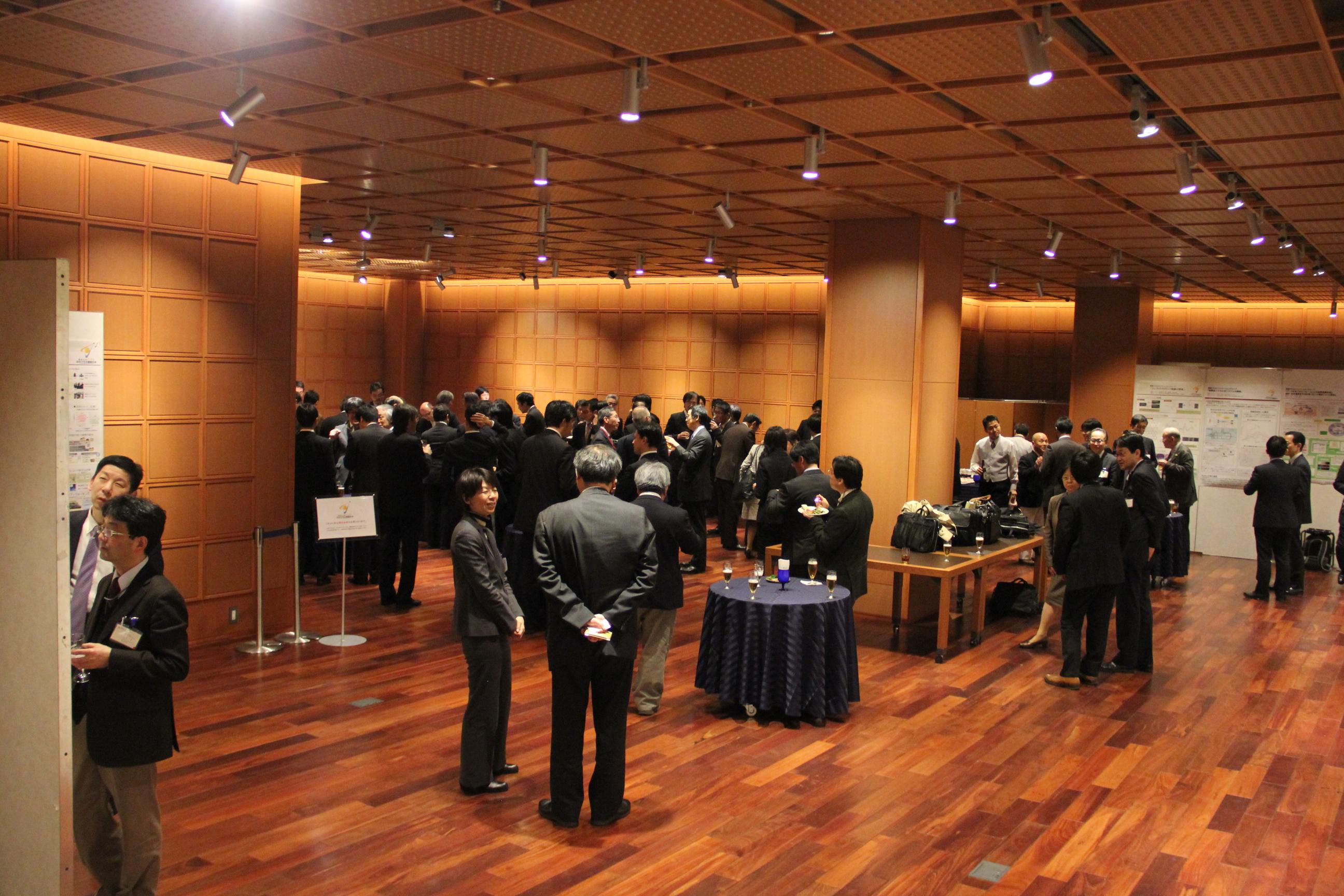 第2回COIシンポジウム「自分で守る健康社会」を3月12日に開催しました。